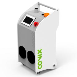 Generatore di ozono industriale. Disinfetta e deodora i condotti, pulisce le camere e gli impianti di condizionamento dell'aria, tra gli altri.